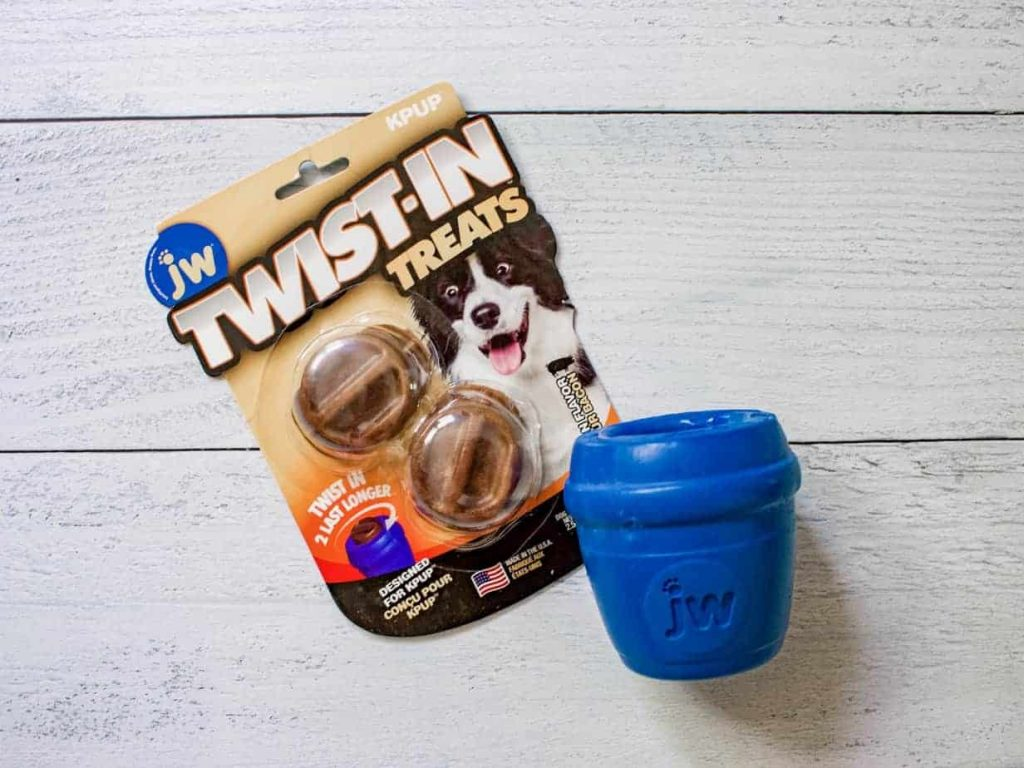 How to keep your dog busy with the Twist-in Treat Dog Toy